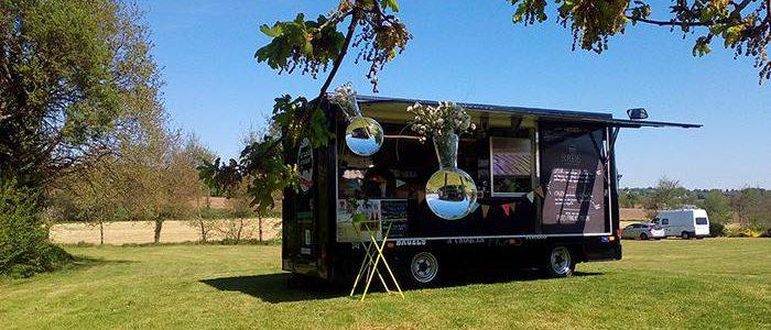retour de mariage au Camion à Croquer food truck Rennes